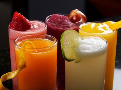 Batidos de frutas frescas y té rojo