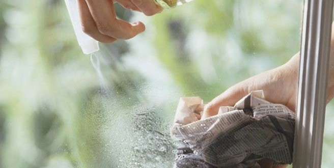 Un truco para limpiar y darles brillo a los cristales