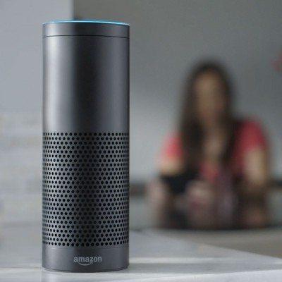 Alexa, el robot que busca vuelos.