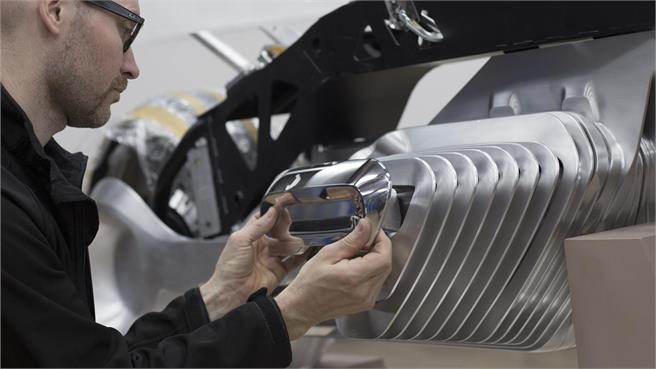 bmw-motorrad-vision-next-100-bienvenidos-al-futuro-06