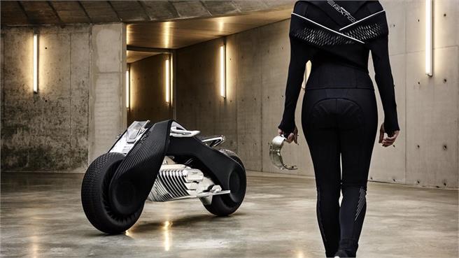 bmw-motorrad-vision-next-100-bienvenidos-al-futuro-14