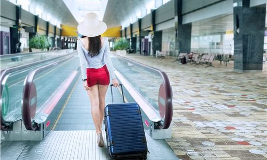 Trucos para no exceder los límites de equipaje de las aerolíneas.
